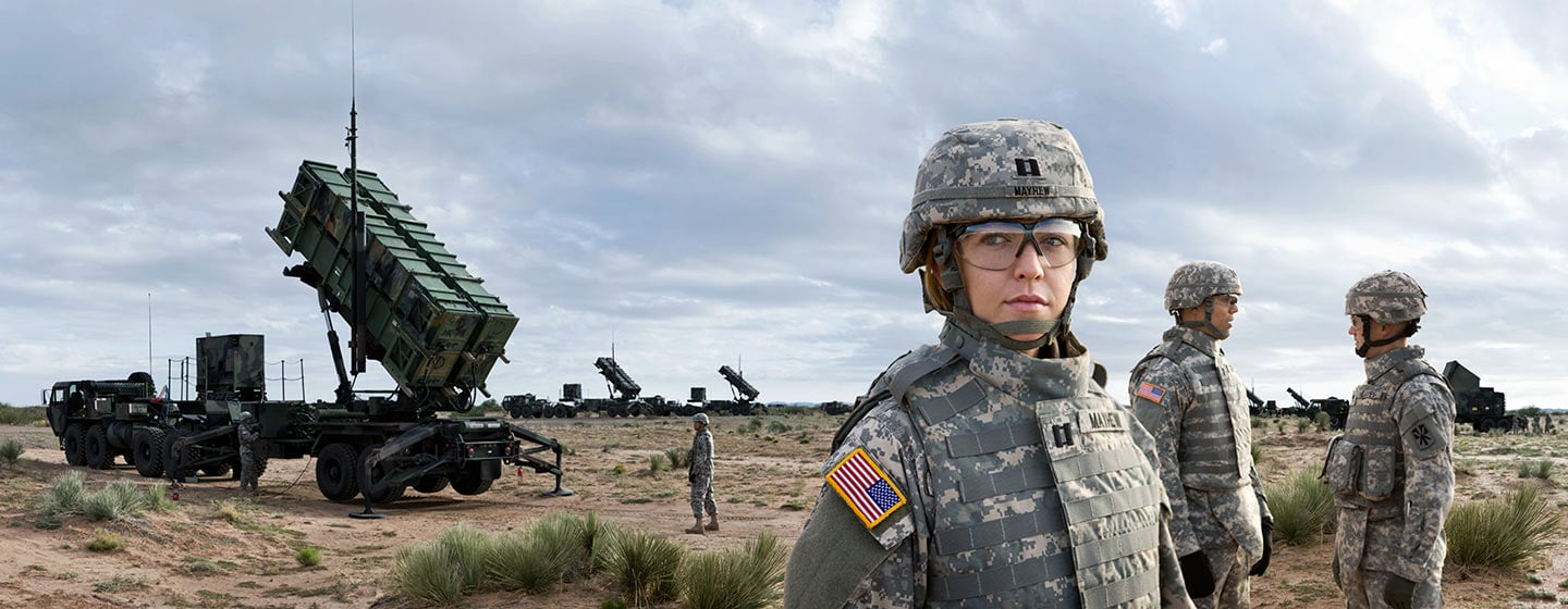 Rod Mclean - US army female soldiers