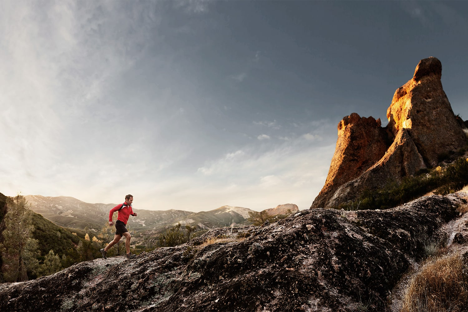 Active-Lifestyle-a-man-trail-running-up-hill-Rod-Mclean