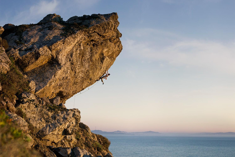 Athlete-male-Rock-Climber-Ethan-Pringle-Surf-Safari-Rod-McLean