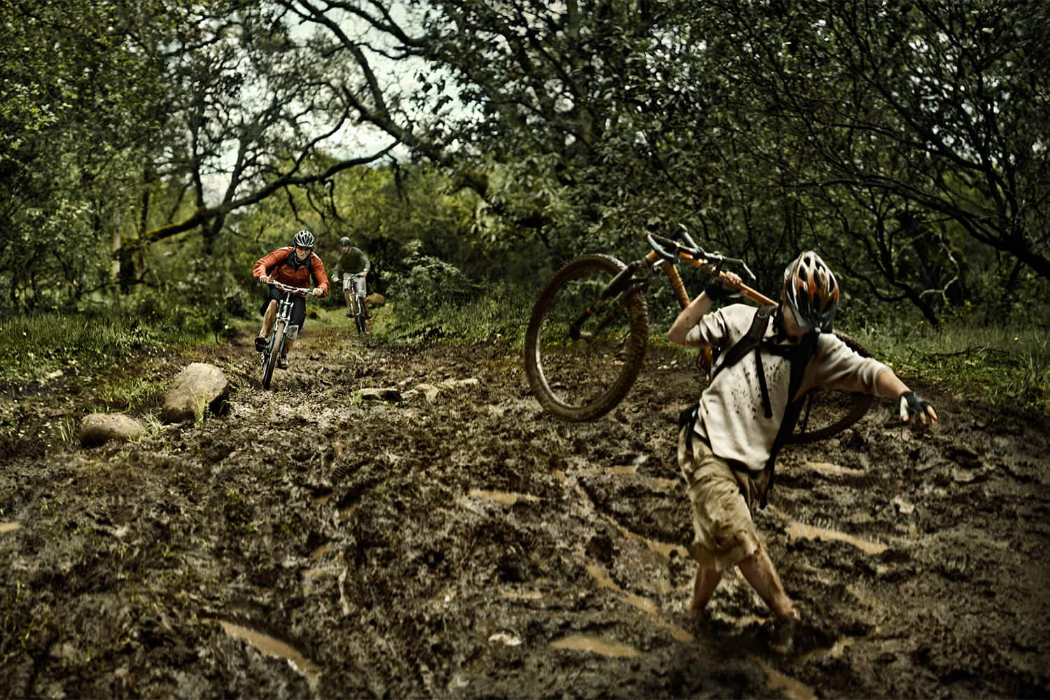 Athletic-Lifestyle-mountain-bikers-biking-in-the-mud-Rod-McLean